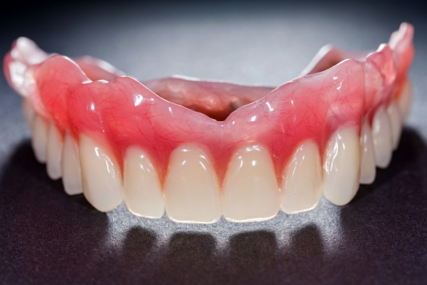 Как сделать дешевый зубной протез 244