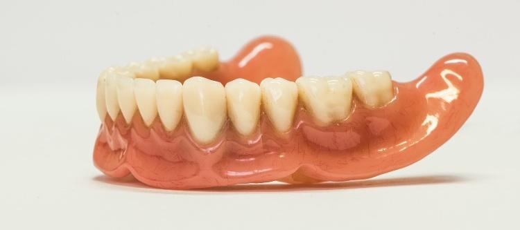 нейлоновые зубные протезы отзывы владельцев