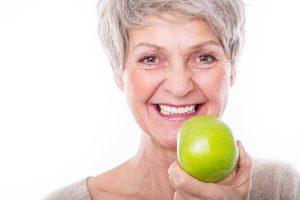 удобство нейлоновых зубных протезов