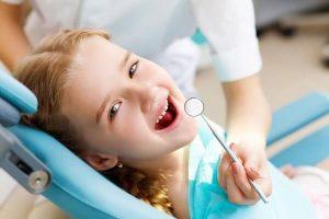 избавление от щели между передними зубами у детей