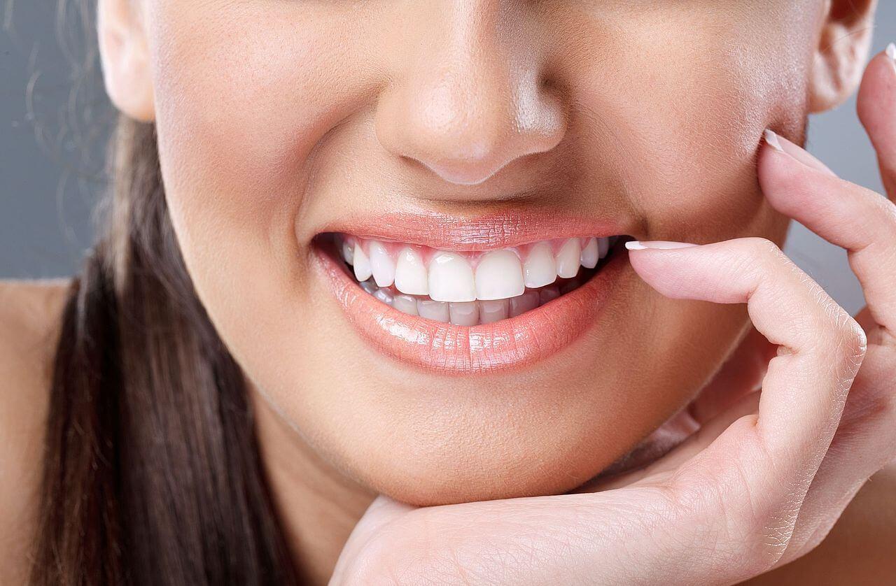 лазерное отбеливание зубов зеленым лазером в москве