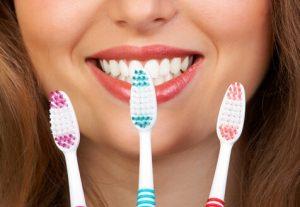 Curaprox зубна щітка