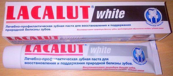 отбеливающее средство для зубов от Lacalut