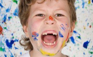 примерная схема выпадения молочных зубов