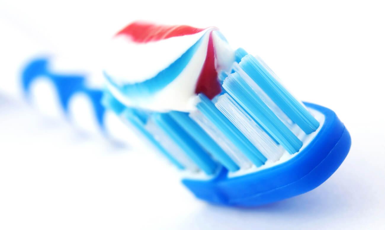 отбеливающая зубная паста рейтинг среди стоматологов