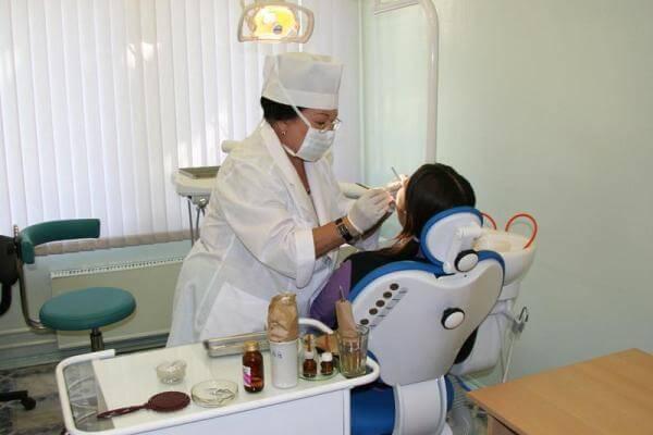 После удаления зуба болит десна что делать  форум