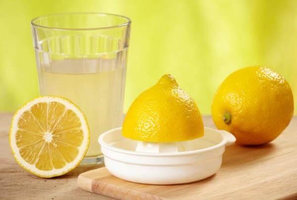 Отбеливающие полоскания с лимоном для зубов