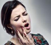 Почему возникает боль в зубе после чистки каналов