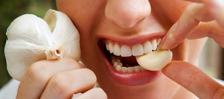 Использование чеснока от зубной боли