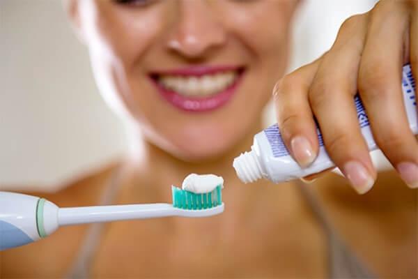 Как действует зубная паста Lion