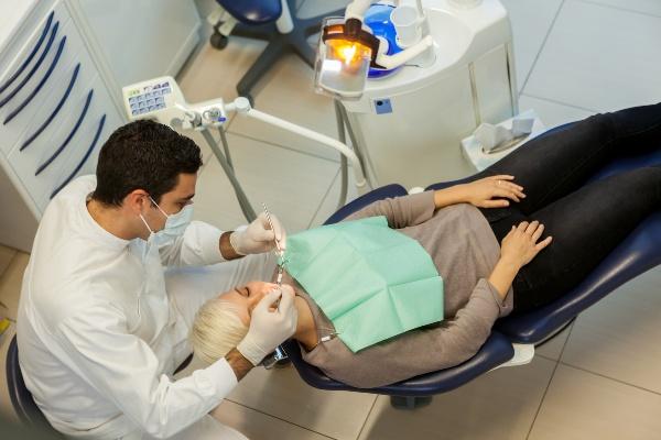 функции стоматолога хирурга