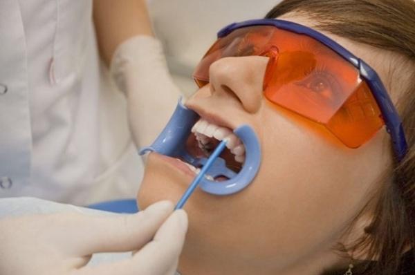 Обзор популярных десенситайзеров в стоматологии