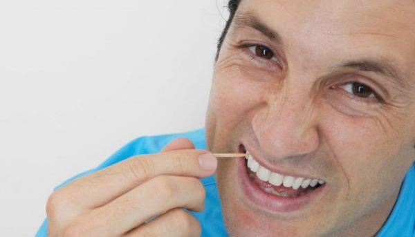 Самые вредные привычки для зубов