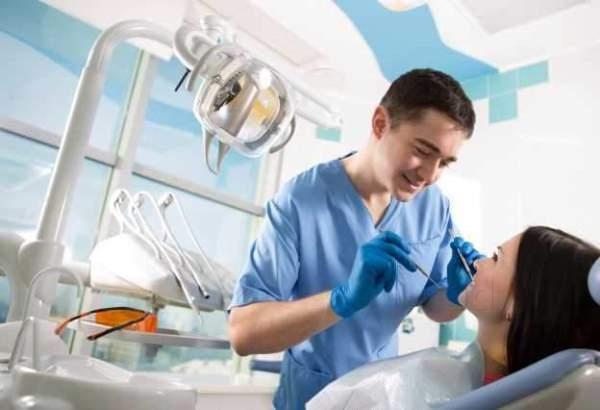 Что делает стоматолог имплантолог, и как найти хорошего специалиста