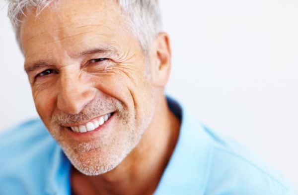 Виды съемных зубных протезов на верхнюю челюсть