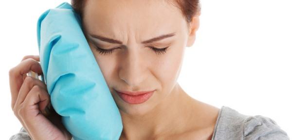 Сколько болит зуб после имплантации