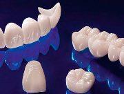 Безметалловая коронка на зуб