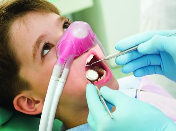 Возможные осложнения после лечения зубов под закисью азота